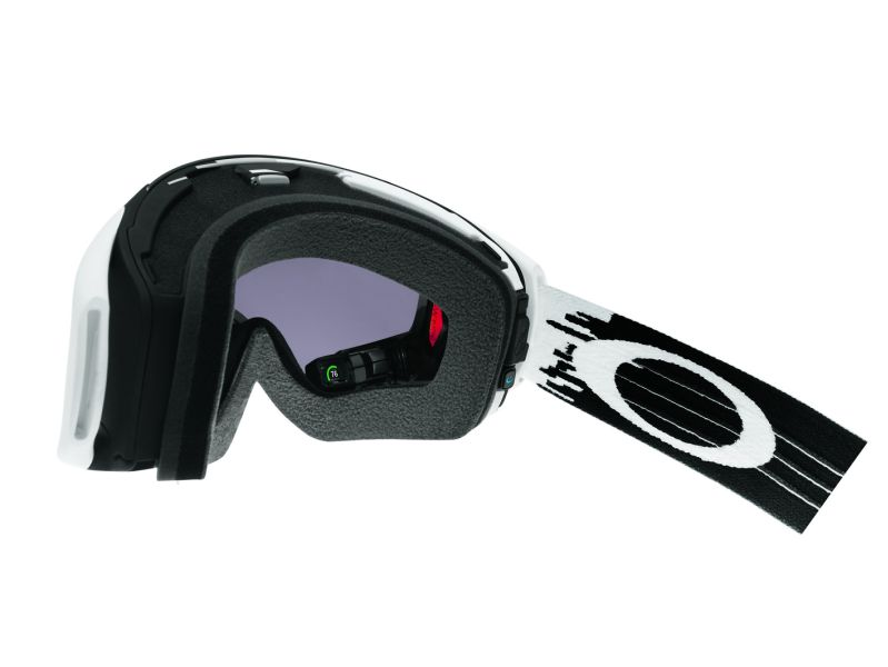 Oakley Airwave: Neuauflage der High-Tech-Skibrille mit Heads-up-Display