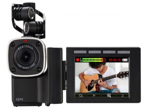 Zoom Q4: Video-Audio-Recorder im Mini-Format im Test