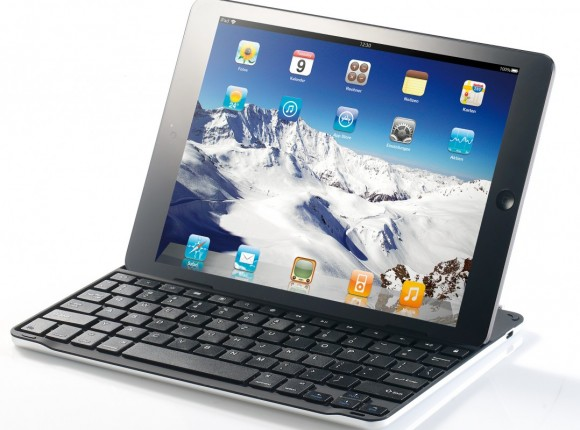 PX-4908_2_General_Keys_Alu-Schutzcover_mit_Bluetooth-Tastatur_fuer_iPad_Air-1078x800