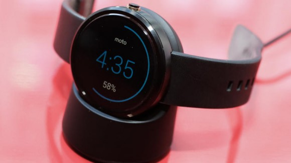 moto-360-smartwatch-product-photos107