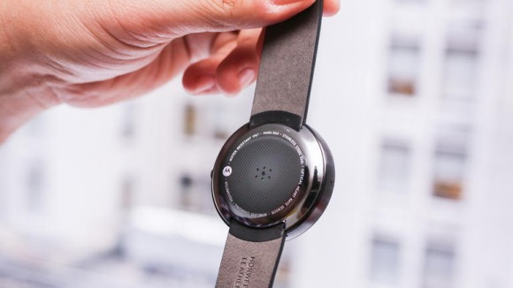 moto-360-smartwatch-product-photos125