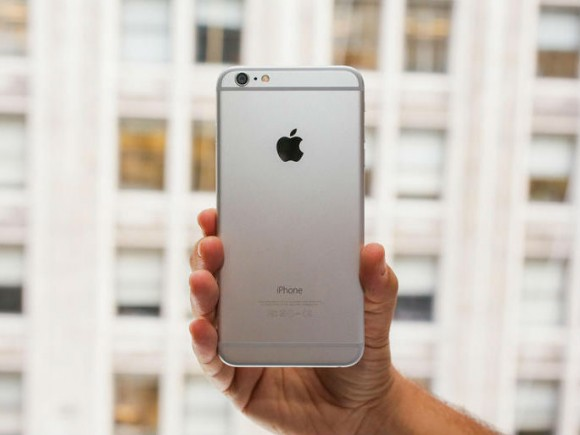 iPhone 6 Plus (Bild: Sarah Tew/CNET