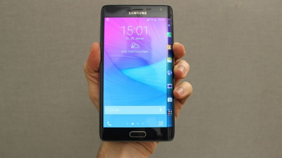 Samsung Galaxy Note Edge (Foto: CNET).