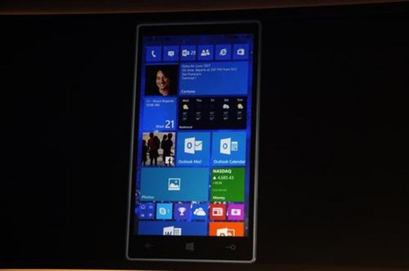 Windows 10 Mobile (Bild: Nate Ralph/CNET).