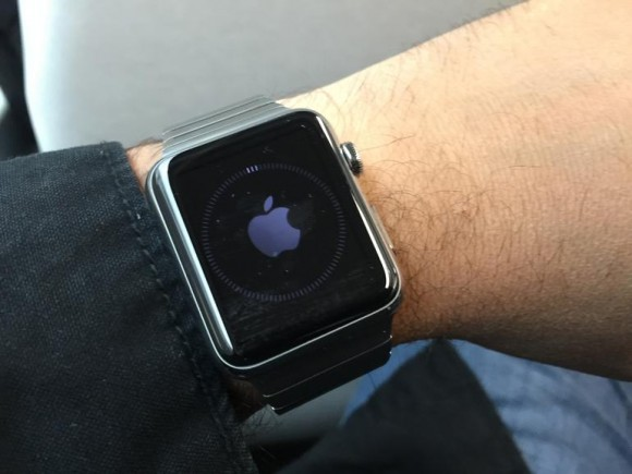 Neustart auf der Apple Watch (Bild: Scott Stein, CNET.com)