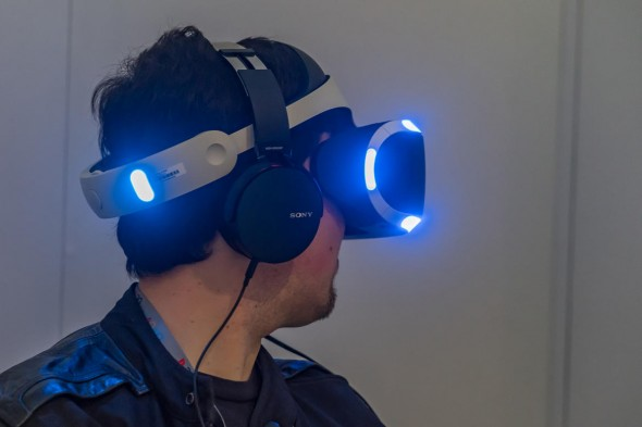 PlayStation VR (Foto: CNET.com)