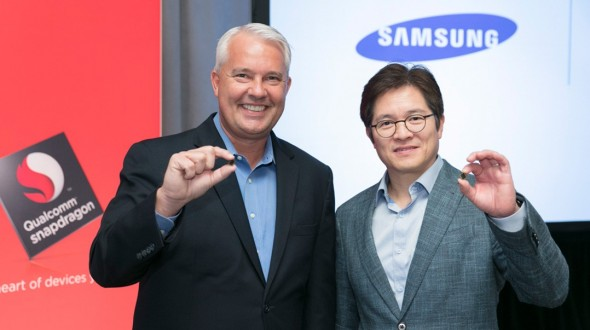 Keith-Kressin-Qualcomm-Ben-Suh-Samsung-with-10nm-Snapdragon-835 (Bild: Qualcomm)